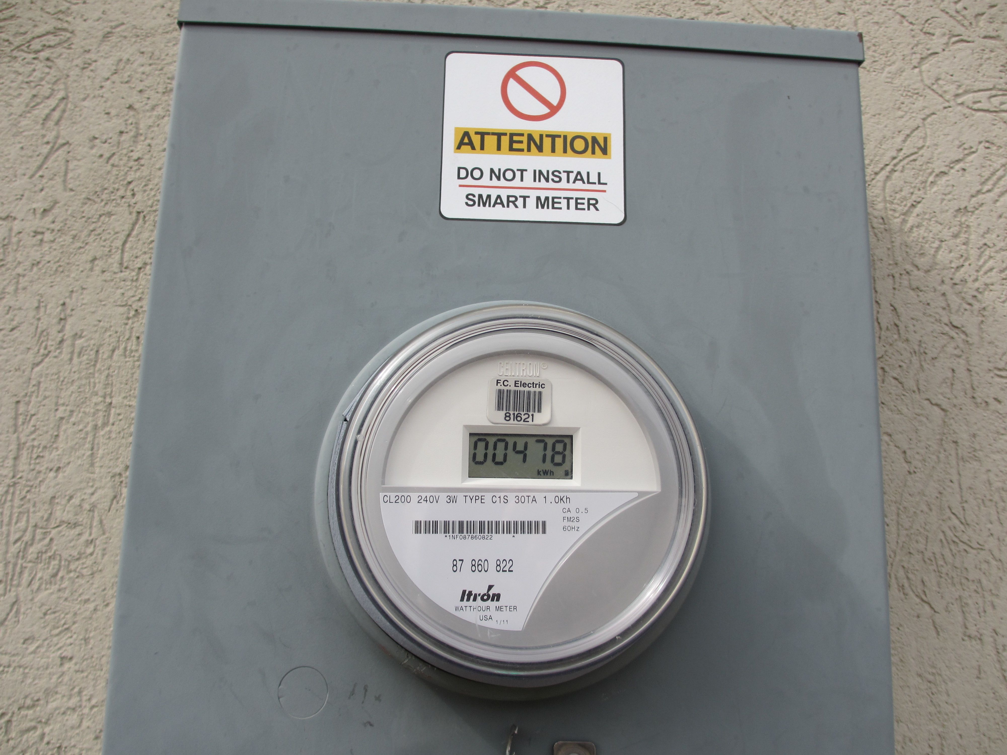 Salt in the wounds: the smart meter the city forced on the Farvers