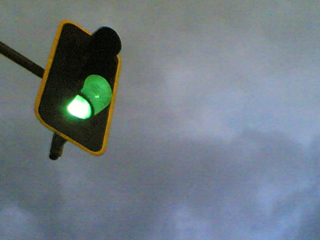 Green_light_in_Madrid